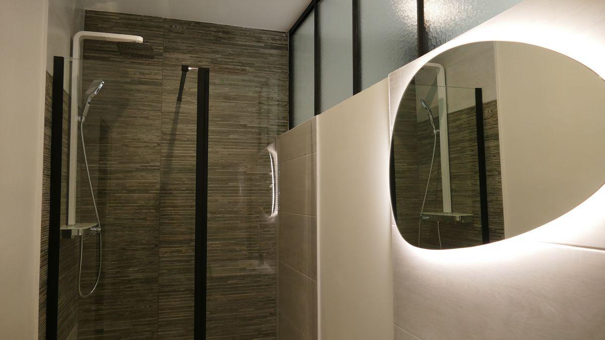 Salle de bain rdc Gîte La Rochelle et l'Aunis