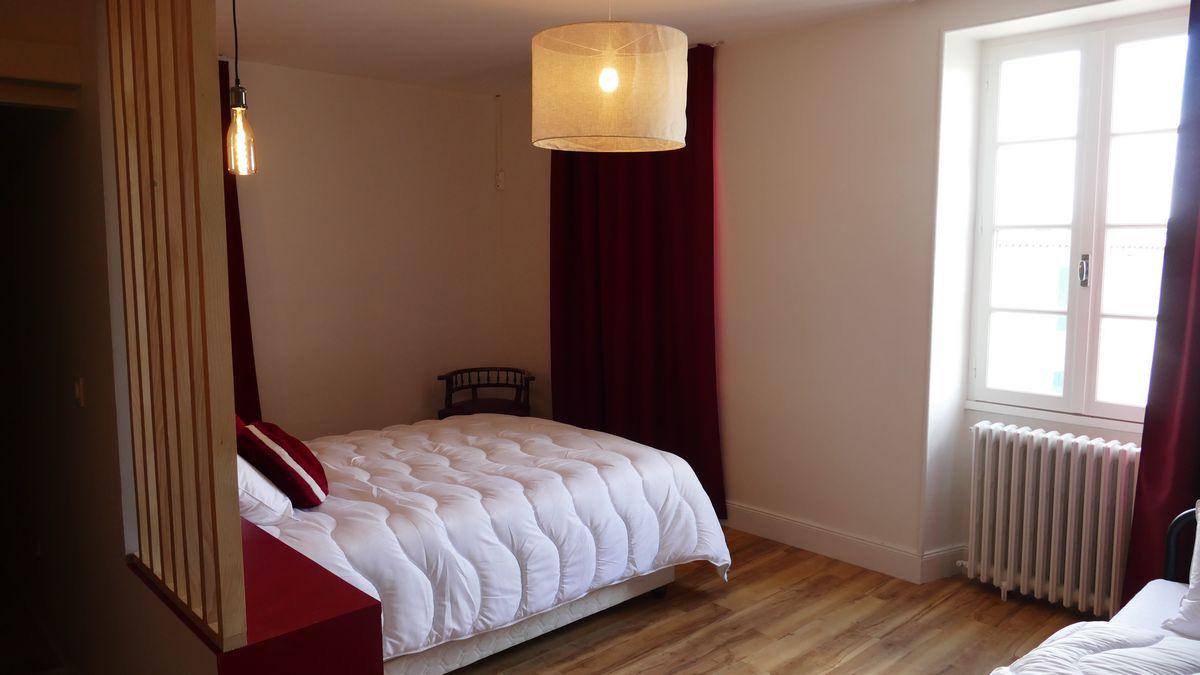 """La chambre """"Le chais"""" La Rochelle et l'Aunis"""